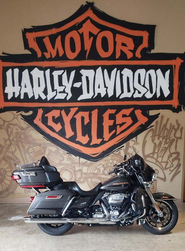 2019 H-D FLHTKL Ultra Limited Low