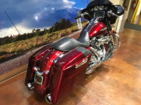 FLHXS 2016 Street Glide® Special thumb 3