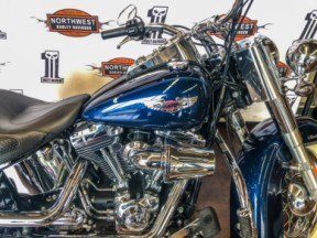2012 Harley-Davidson® Softail® Deluxe thumb 3