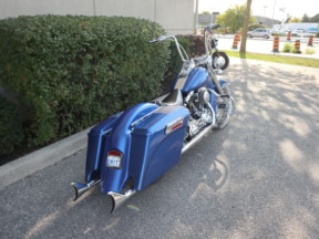 2011 Harley-Davidson® Softail® Deluxe thumb 0