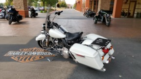 2019 FLHP Road King Police thumb 0