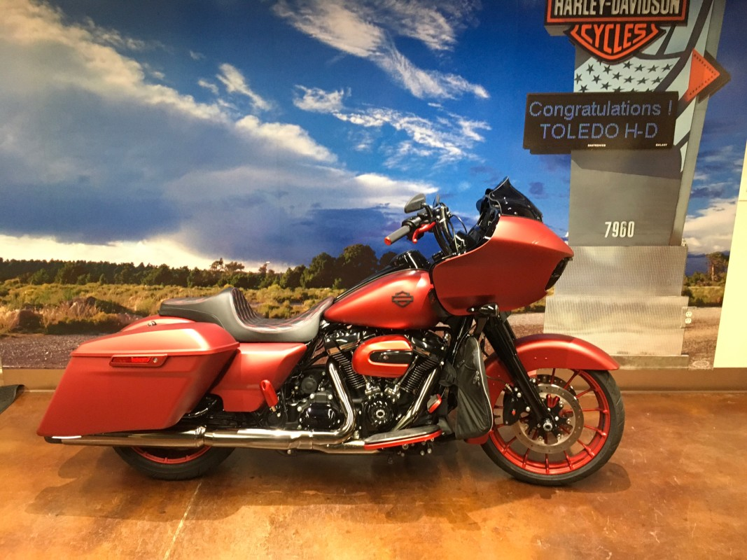 FLTRXS 2019 Road Glide® Special