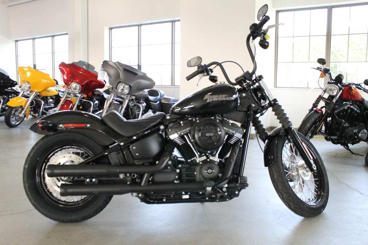 2019 Harley Davidson Softail Street Bob Fxbb Used Motorcycle For Sale Sunbury Oh Farrow Harley Davidson