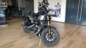 Harley-Davidson Forty-Eight thumb 3
