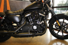 Black Denim 2020 Harley-Davidson® Iron 883™ XL883N thumb 2
