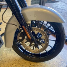 Barracuda Silver 2019 Harley-Davidson® Street Glide® Special FLHXS thumb 3