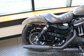 Used 2019 Harley-Davidson® Sportster Iron 883 W/ABS & Security thumb 2