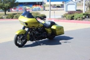 FLTRXS 2020 Road Glide<sup>®</sup> Special thumb 2