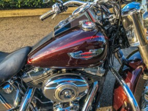 2011 Harley-Davidson® Softail® Deluxe thumb 2