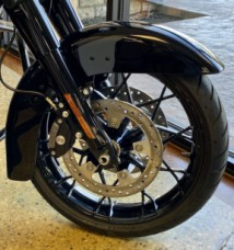 Black 2020 Harley-Davidson® Street Glide® Special thumb 3
