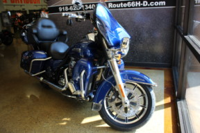 Superior Blue 2016 Harley-Davidson® Electra Glide® Ultra Classic® Low FLHTCUL thumb 1