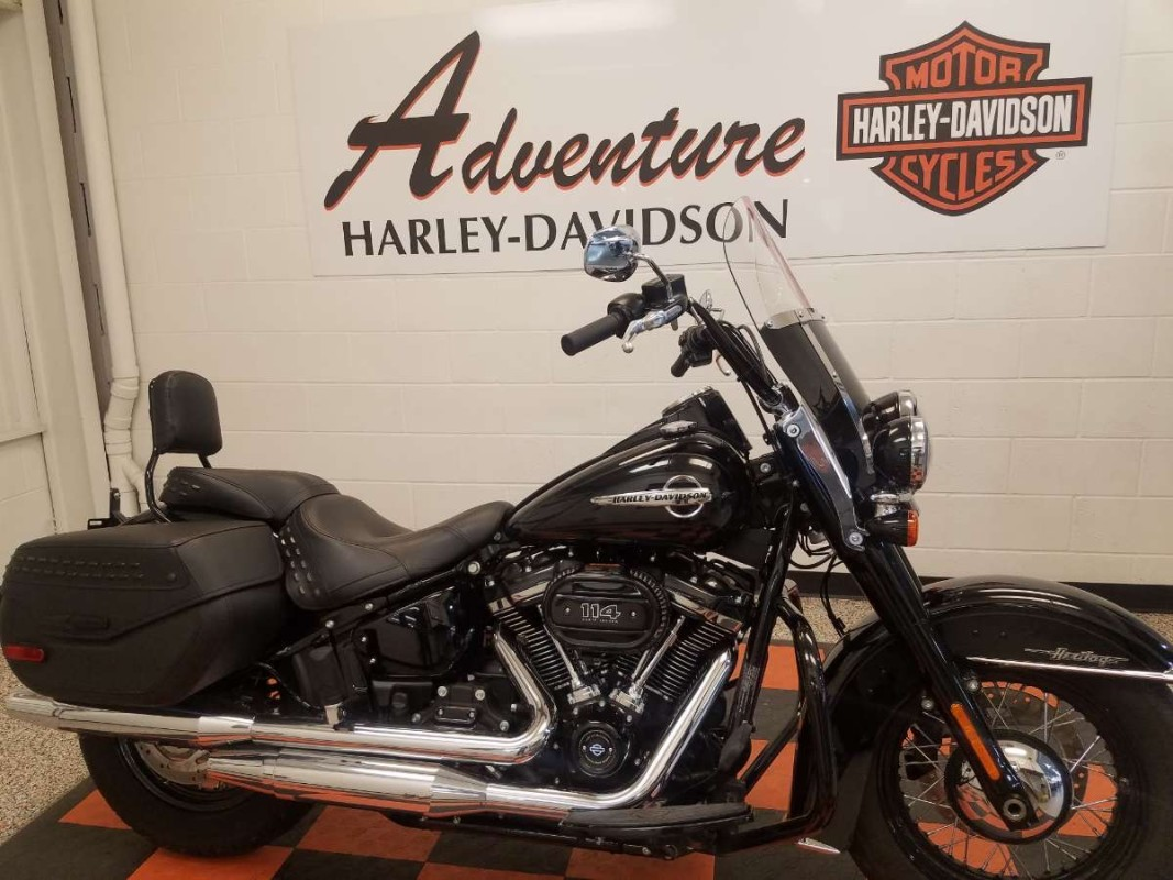 2019 Harley-Davidson<sup>®</sup> Heritage Classic 114 FLHCS