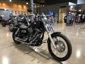 2016 Harley Davidson Dyna Wide Glide FXDWG thumb 3