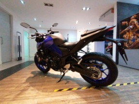 YAMAHA MT-03 thumb 3