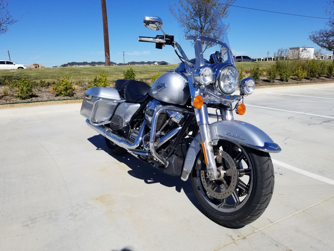 2019 Harley-Davidson<sup>®</sup> Road King<sup>®</sup> FLHR