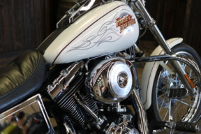 2000 Dyna Wide Glide  thumb 1