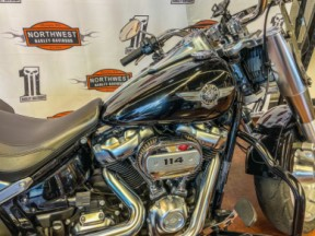 2019 Harley-Davidson® Fat Boy® 114 thumb 3