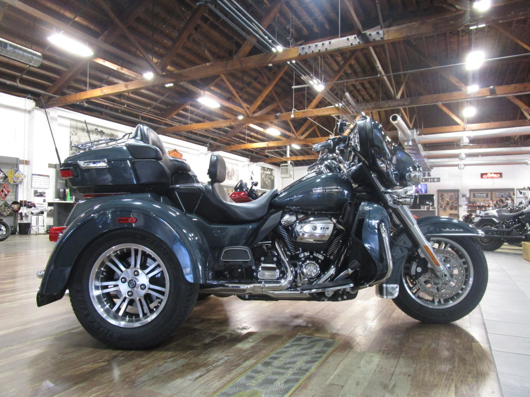 2020 H-D ULTRA LIMITED TRIKE FLHTCUTG