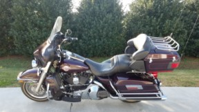 2006 Harley-Davidson® Electra Glide® Ultra Classic® CALL FOR PRICE!!!!! thumb 3