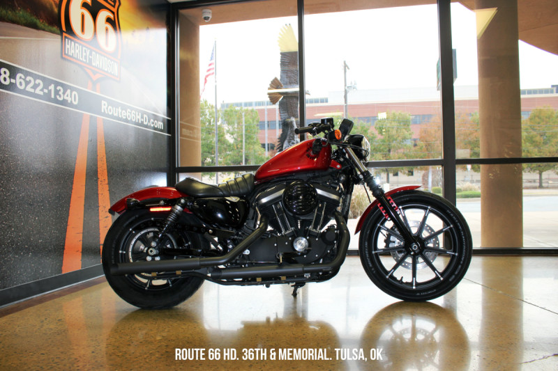 Wicked Red 2019 Harley-Davidson® Iron 883™ XL883N