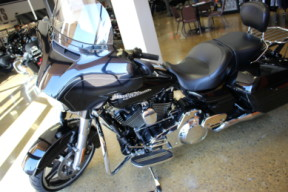 Black 2016 Harley-Davidson® Street Glide® Special FLHXS thumb 0