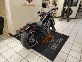 Pre-Owned 2020 Harley-Davidson® Breakout® 114 thumb 2