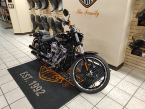 Pre-Owned 2020 Harley-Davidson® Breakout® 114 thumb 3