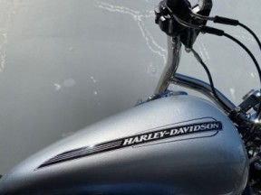 2010 Harley-Davidson Softail Standard (FXST) thumb 2