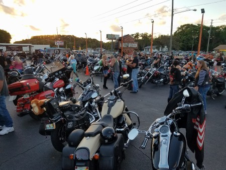 Kickin Wingz Bike Night