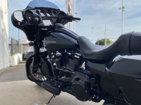 2018 Harley-Davidson® Street Glide® Special thumb 0