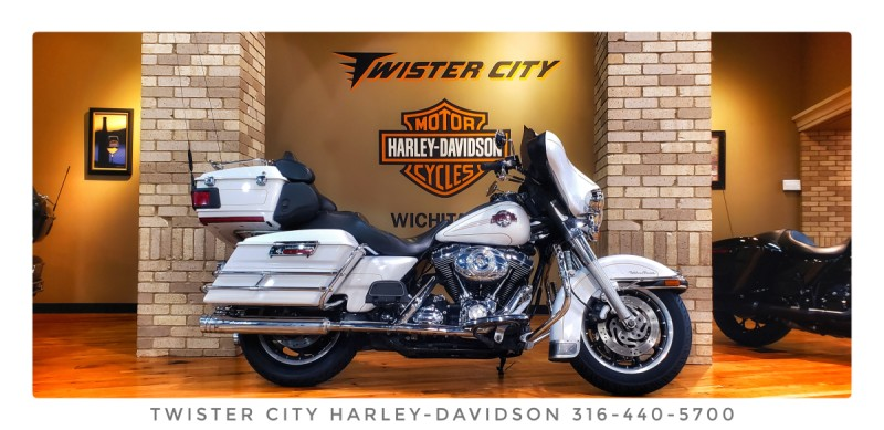 2007 Harley-Davidson® Electra Glide® Ultra Classic® : FLHTCU for sale near Wichita, KS