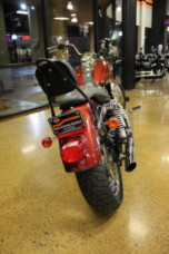 Red Hot Sunglo 2009 Harley-Davidson® Super Glide® Custom FXDC thumb 2