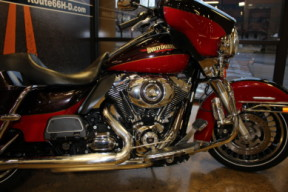 Merlot Sunglo/Cherry Red Sunglo 2010 Harley-Davidson® Electra Glide® Ultra Limited FLHTK thumb 2