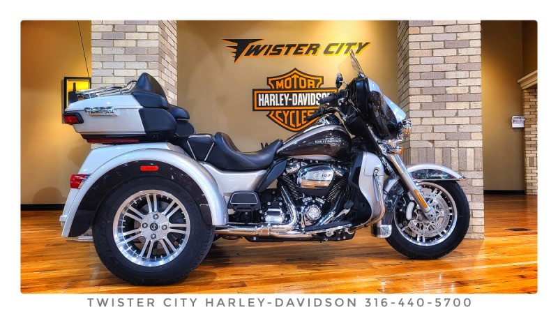 2018 Harley-Davidson® Tri Glide® Ultra : FLHTCUTG for sale near Wichita, KS
