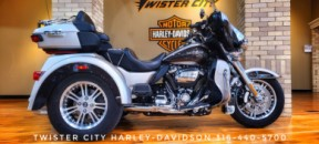 2018 Harley-Davidson® Tri Glide® Ultra : FLHTCUTG for sale near Wichita, KS thumb 2