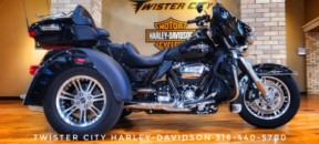 2019 Harley-Davidson® Tri Glide® Ultra : FLHTCUTG for sale near Wichita, KS thumb 2