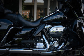 2018 Harley-Davidson® Ultra Limited thumb 2