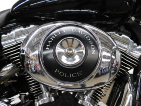 2001 Harley-Davidson Road King Police thumb 1