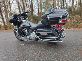 2005 Harley-Davidson® Electra Glide® Ultra Classic® thumb 0