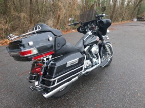 2005 Harley-Davidson® Electra Glide® Ultra Classic® thumb 2