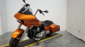 2015 Harley-Davidson® Road Glide® Special thumb 2