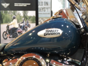 2021 Harley-Davidson HD FLHC Heritage Softail Classic 107 thumb 1