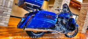 2013 Harley-Davidson® CVO™ Road King® : FLHRSE5 for sale near Wichita, KS thumb 1