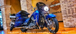 2013 Harley-Davidson® CVO™ Road King® : FLHRSE5 for sale near Wichita, KS thumb 2