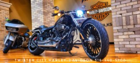 2017 Harley-Davidson® Breakout® : FXSB for sale near Wichita, KS thumb 2