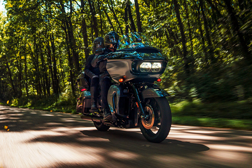 Road Glide<sup>®</sup> Limited Instagram image 4