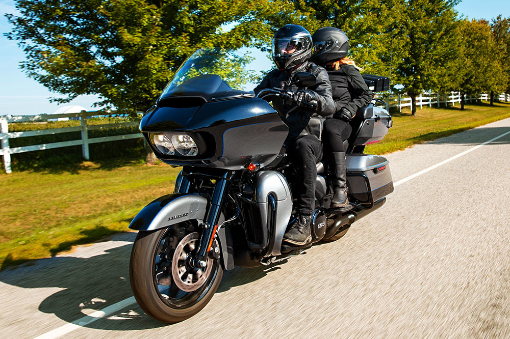 Road Glide<sup>®</sup> Limited Instagram image 3