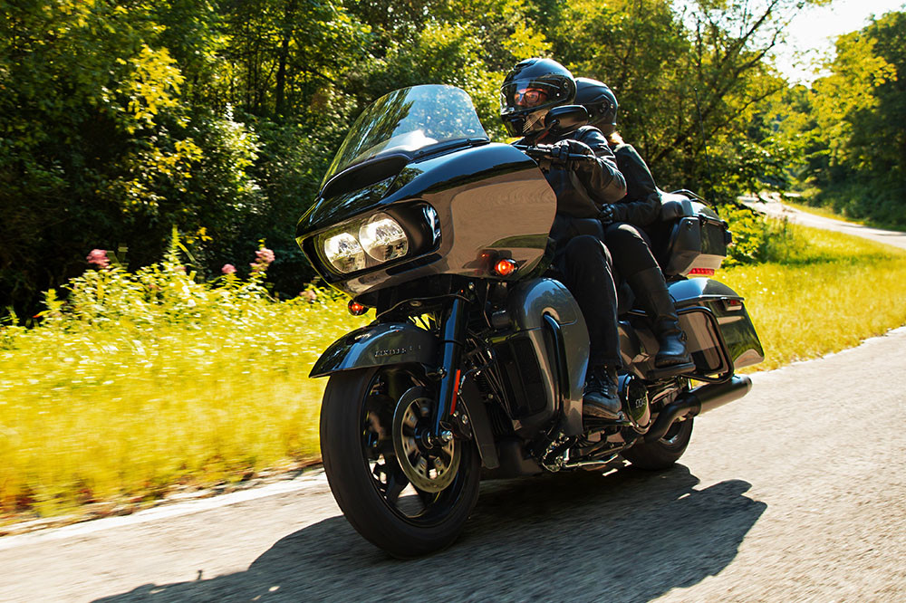 Road Glide<sup>®</sup> Limited Instagram image 1