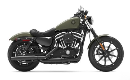 Indian Scout vs. Harley-Davidson Iron 883