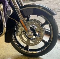Royal Purple Fade/Royal Black 2021 Harley-Davidson® CVO™ Limited FLHTKSE  thumb 3